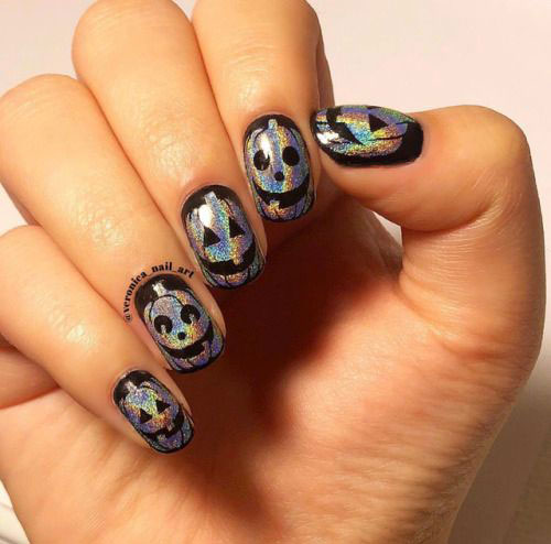 18-Easy-Halloween-Pumpkin-Nails-Art-Designs-Ideas-2019-8