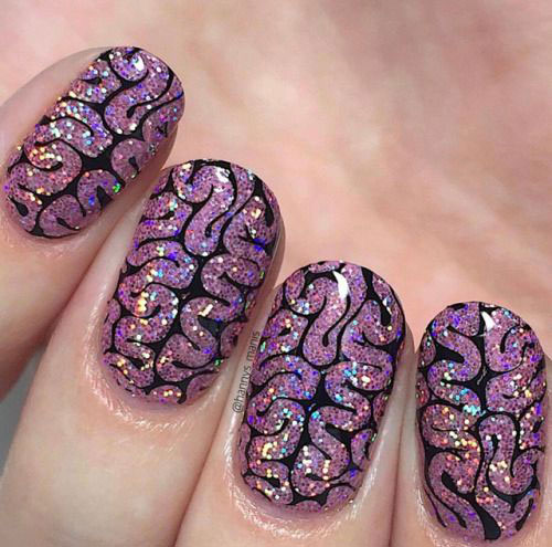 18-Scary-Halloween-Nails-Art-Designs-Ideas-2019-15