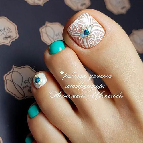Halloween-Toe-Nails-Art-Designs-2019-11