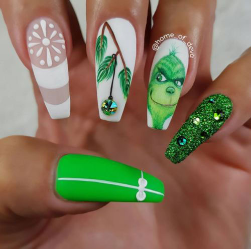 25-Festive-Christmas-Nail-Designs-Ideas-2019-Holiday-Nails-12