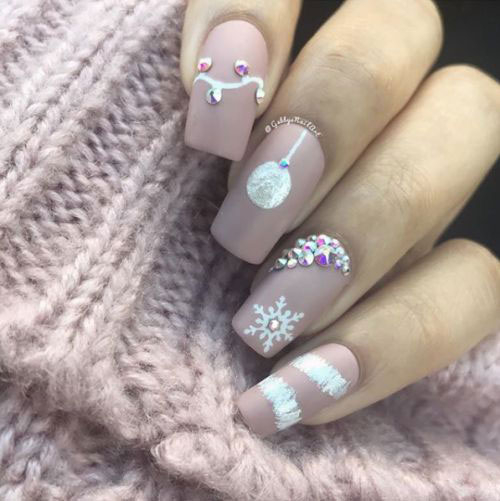 25-Festive-Christmas-Nail-Designs-Ideas-2019-Holiday-Nails-18