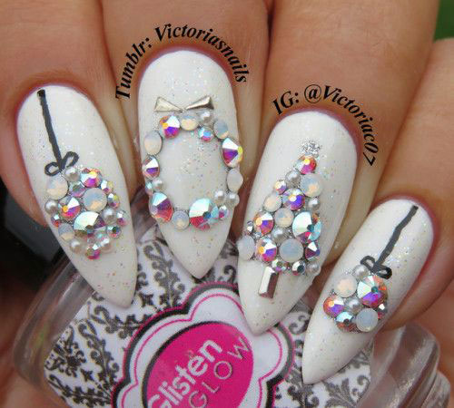 25-Festive-Christmas-Nail-Designs-Ideas-2019-Holiday-Nails-4