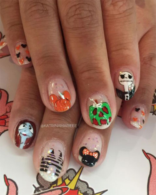 Christmas-Disney-Nails-Art-Designs-2019-10