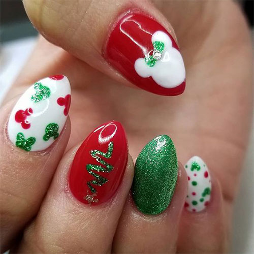 Christmas-Disney-Nails-Art-Designs-2019-9