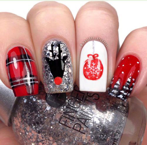 Christmas-Ornament-Nail-Art-Designs-Ideas-2019-1