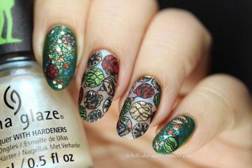 Christmas-Ornament-Nail-Art-Designs-Ideas-2019-12