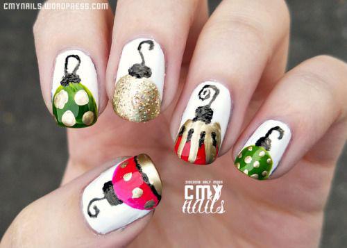 Christmas-Ornament-Nail-Art-Designs-Ideas-2019-14