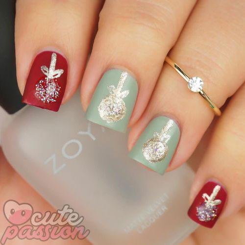 Christmas-Ornament-Nail-Art-Designs-Ideas-2019-5