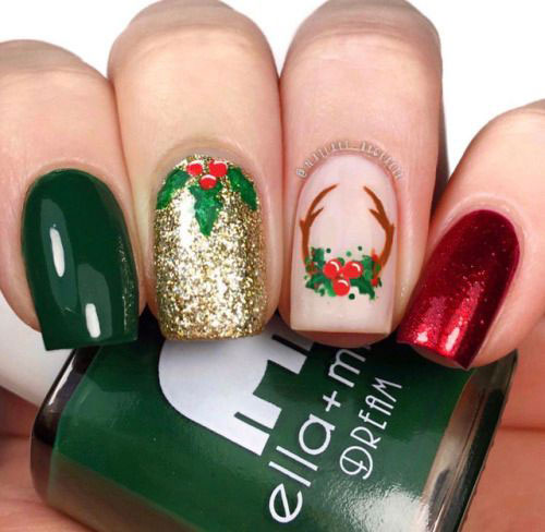 Christmas-Reindeer-Nail-Art-Designs-2019-Holiday-Nails-10