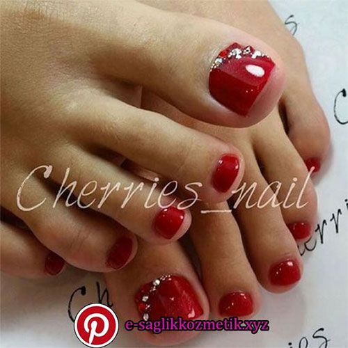Christmas-Toe-Nail-Art-Designs-2019-Xmas-Nails-5