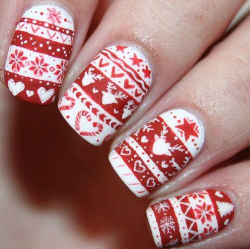 Ugly-Christmas-Sweater-Nail-Art-Designs-2019-Holiday-Nails-5