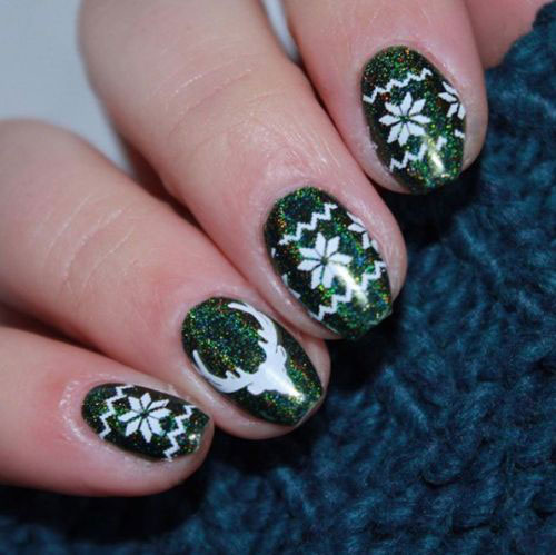 Ugly-Christmas-Sweater-Nail-Art-Designs-2019-Holiday-Nails-8
