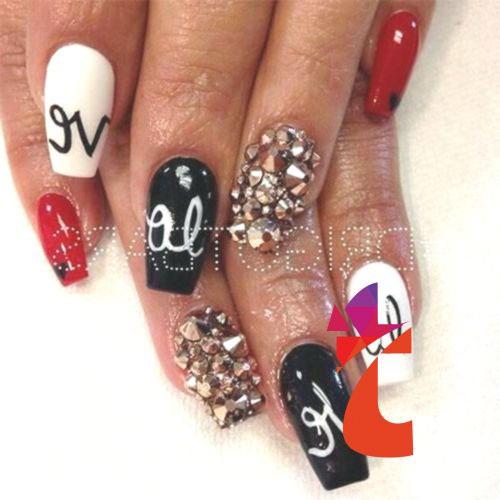 15-Valentine's-Day-Acrylic-Nail-Art-Designs-2020-7
