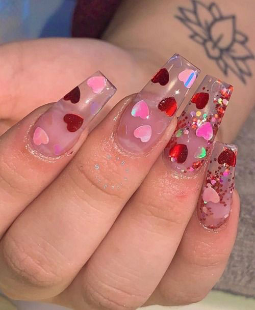 15-Valentine's-Day-Heart-Nail-Art-Designs-2020-Vday-Nails-15