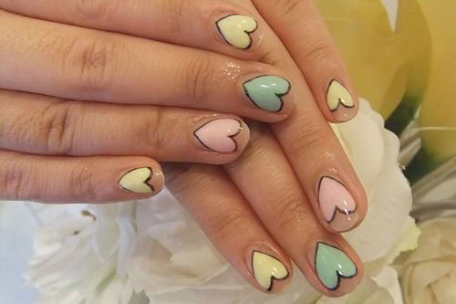 15-Valentine's-Day-Heart-Nail-Art-Designs-2020-Vday-Nails-6