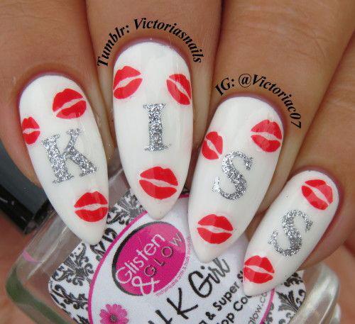 50-Valentine's-Day-Nail-Art-Designs-Ideas-Trends-2020-22