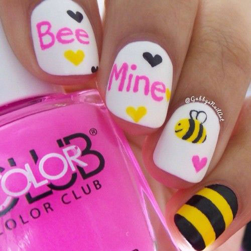 50-Valentine's-Day-Nail-Art-Designs-Ideas-Trends-2020-44