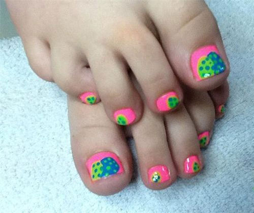 Easter-Toe-Nail-Art-Designs-Ideas-2020-5