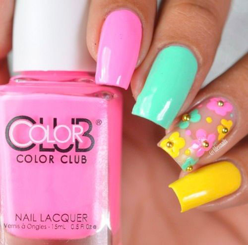 Simple-Easy-Spring-Nails-Art-Designs-2020-1