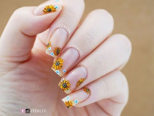 Spring-Floral-Nails-Art-Ideas-2020-11
