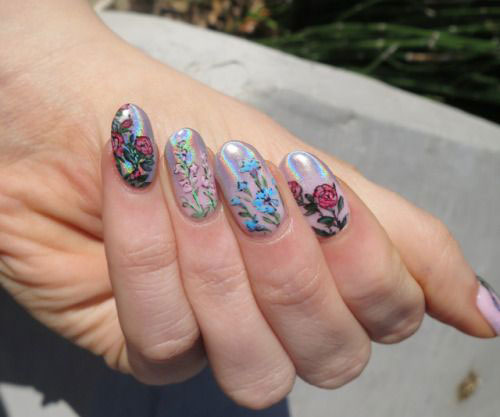 Spring-Floral-Nails-Art-Ideas-2020-17