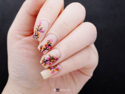 Spring-Floral-Nails-Art-Ideas-2020-7