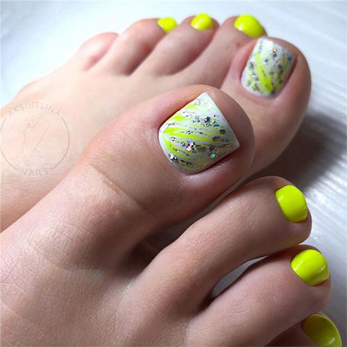Spring-Toe-Nails-Art-Designs-Ideas-2020-14