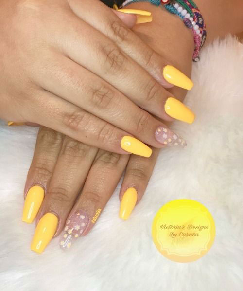 Simple-Easy-Summer-Nails-Art-Designs-Ideas-2020-6