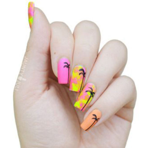 Summer-Beach-Nails-Art-Designs-Ideas-2020-20