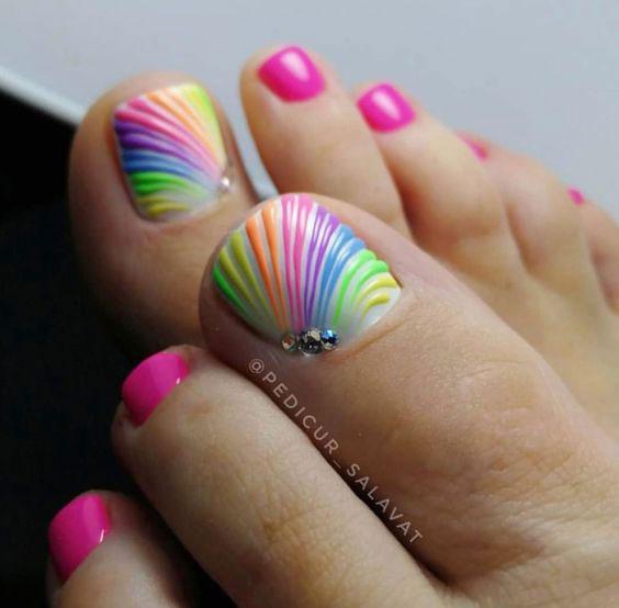 Summer-Toe-Nails-Art-Designs-Ideas-2020-16