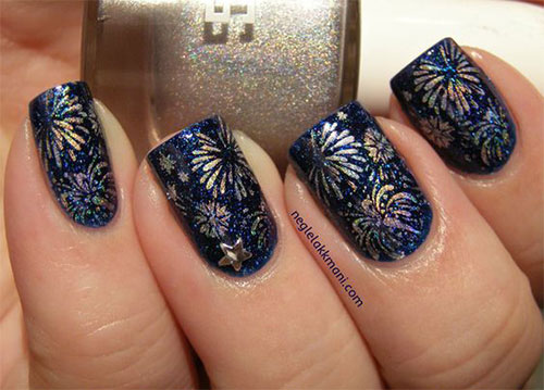 4th-of-July-Fireworks-Nail-Art-Designs-Ideas-2020-12