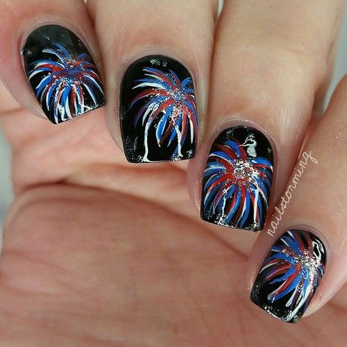 4th-of-July-Fireworks-Nail-Art-Designs-Ideas-2020-2