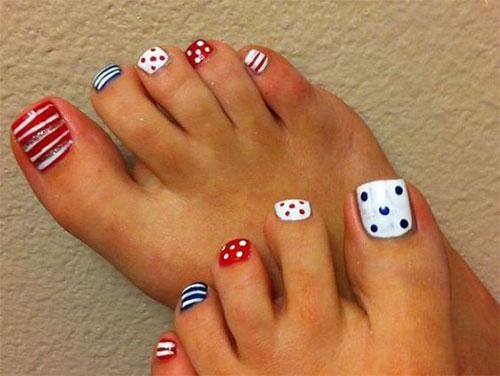 4th-of-July-Toe-Nails-Art-Designs-2020-13