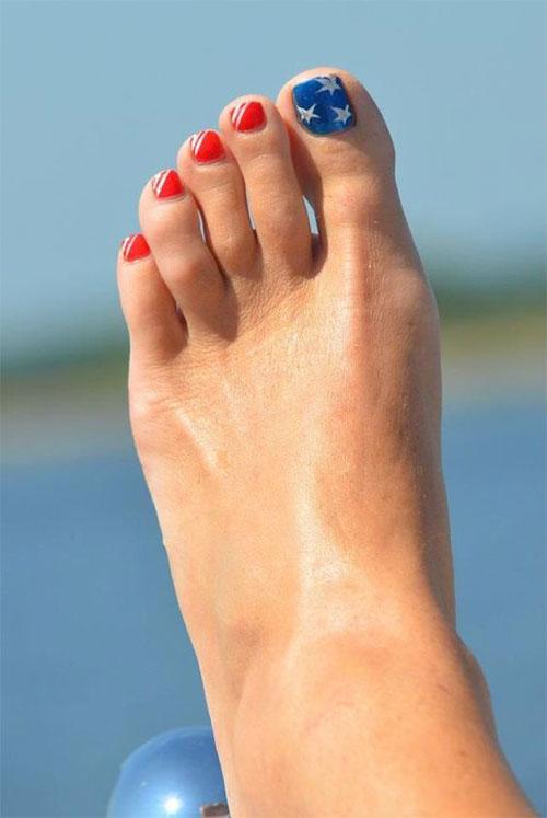 4th-of-July-Toe-Nails-Art-Designs-2020-14
