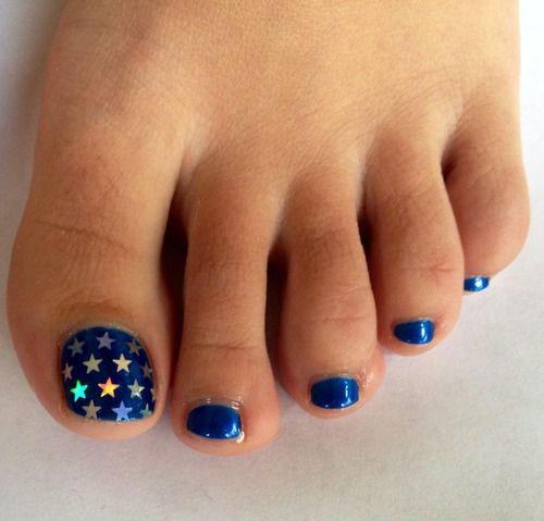 4th-of-July-Toe-Nails-Art-Designs-2020-7