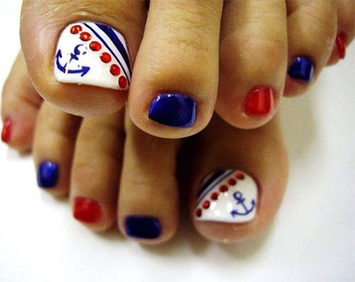 4th-of-July-Toe-Nails-Art-Designs-2020-8