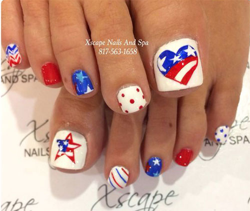 4th-of-July-Toe-Nails-Art-Designs-2020-9