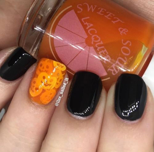 Easy-Simple-Halloween-Nail-Art-For-Beginners-2020-14