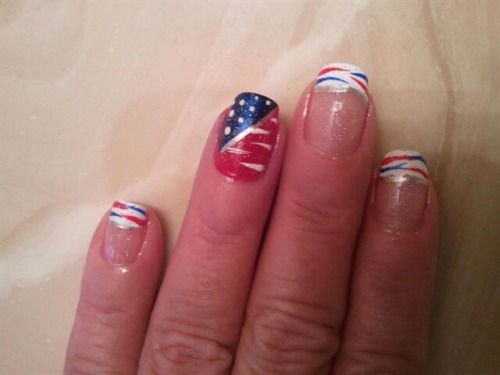 Simple-Easy-4th-of-July-Nails-Art-Designs-2020-16