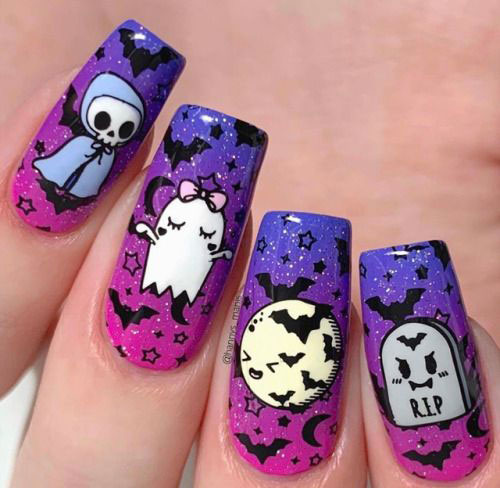 20-Halloween-Spooky-Bat-Nail-Art-Ideas-2020-19
