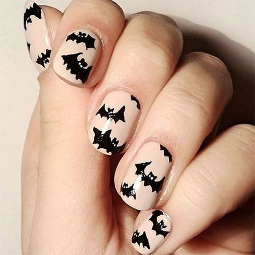 20-Halloween-Spooky-Bat-Nail-Art-Ideas-2020-2
