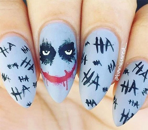 Creepy-Scary-Halloween-Nail-Art-2020-8