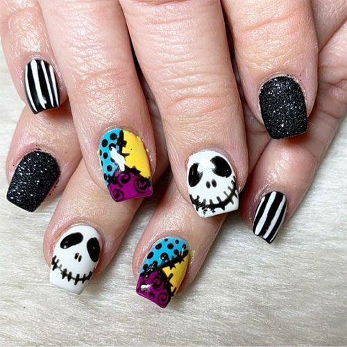 Disney-Halloween-Nail-Art-Designs-2020-5