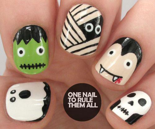Halloween-Mummy-Nails-Art-Designs-2020-14