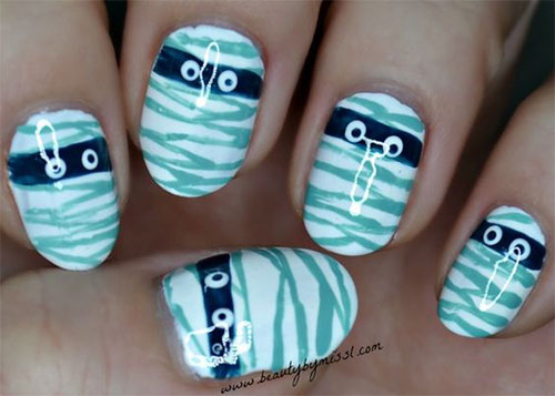Halloween-Mummy-Nails-Art-Designs-2020-2