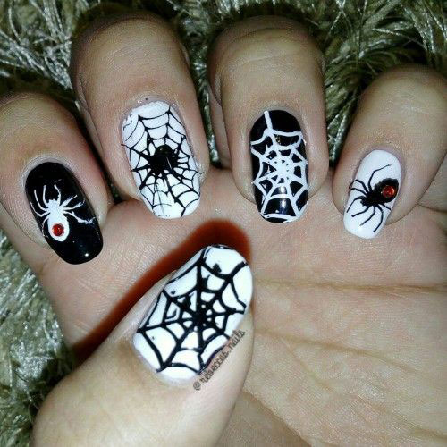 Halloween-Spider-Web-Nail-Art-2020-Spider-Nails-5