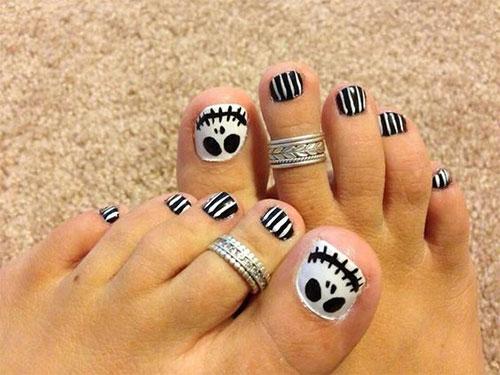 Halloween-Toe-Nail-Art-Designs-2020-14