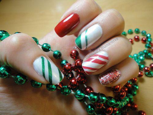 30-Festive-Christmas-Nail-Art-Ideas-2020-Holiday-Nails-17