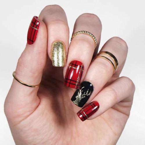30-Festive-Christmas-Nail-Art-Ideas-2020-Holiday-Nails-20