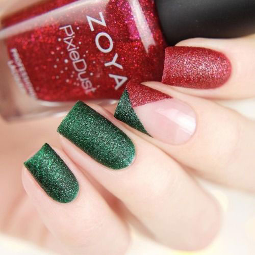 30-Festive-Christmas-Nail-Art-Ideas-2020-Holiday-Nails-29